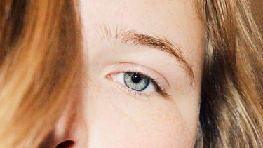 beautytrend wenkbrauwen zelfde kleur als het haar