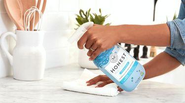 schoonmaken met afwasmiddel