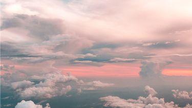 Blauw/roze lucht (Waterman, Tweelingen en Weegschaal)